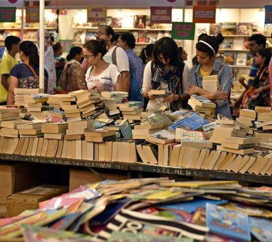 book-fair_aebce57c-6e68-11e6-93fb-3c3e574fb2a6